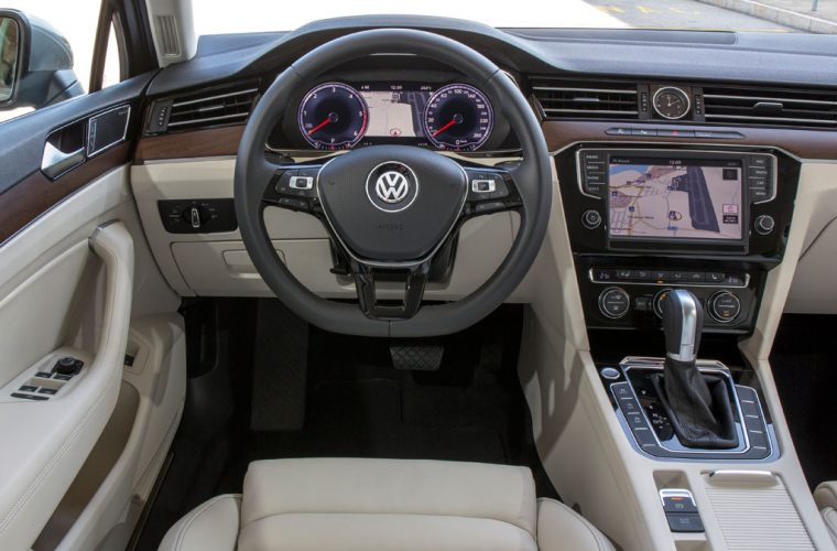 auto in vendita italia volkswagen passat